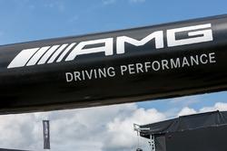 AMG bord in de paddock