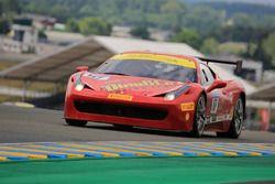 #117 Scuderia Praha Ferrari 458 Challenge Evo: Dusan Palcr
