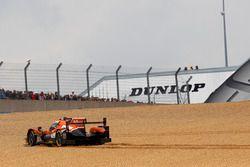 #26 G-Drive Racing Oreca 05 Nissan: Roman Rusinov, Will Stevens, René Rast in the gravel