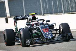 Jenson Button, McLaren MP4-31 avec le Halo