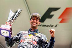 Подиум: Даниэль Риккардо, Red Bull Racing - второе место
