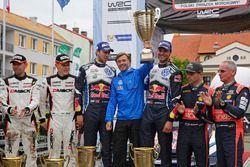 Ott Tanak, Raigo Molder, DMACK World Rally Team; Andreas Mikkelsen, Anders Jäger, Volkswagen Polo WR