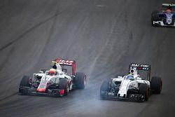 Esteban Gutiérrez, Haas F1 Team VF-16 y Felipe Massa, Williams FW38 al inicio de la carrera