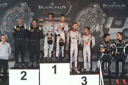 Podium: Sieger #33 Belgian Audi Club Team WRT, Audi R8 LMS GT3: Enzo Ide, Christopher Mies; 2. #58 G