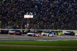 Départ : Austin Dillon, Richard Childress Racing Chevrolet leads