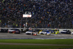 Départ : Austin Dillon, Richard Childress Racing Chevrolet leads
