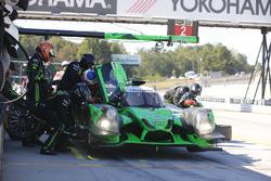 #2 Tequila Patrón ESM Ligier JS P2: Scott Sharp, Johannes van Overbeek, Luis Felipe Derani, pit stop