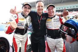 Race winners #88 AKKA ASP Mercedes AMG GT3: Tristan Vautier, Felix Rosenqvist, Jérôme Policand, AKKA