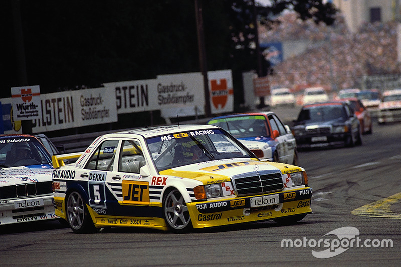 В 1989-м за машинами с «трехлучевой звездой» осталось восемь побед в сезоне