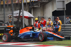 Pascal Wehrlein, Manor Racing MRT05, l'incidente
