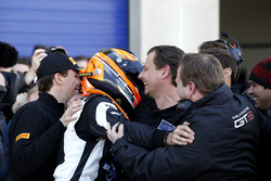 Ganador #63 GRT Grasser-Racing-Team, Lamborghini Huracán GT3: Rolf Ineichen