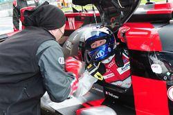 Обладатель поула в классе LMP1 - Марсель Фесслер, #7 Audi Sport Team Joest Audi R18