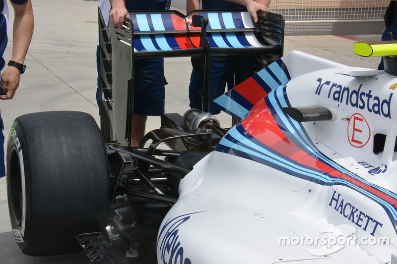 Williams FW38, Heckdetail