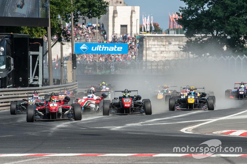start, Lance Stroll, Prema Powerteam Dallara F312 - Mercedes-Benz, Joel Eriksson, Motopark Dallara F