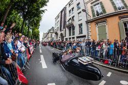 3-wheel cars parade