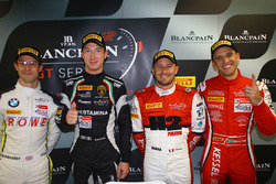 Polesitter #16 GRT Grasser Racing Team, Lamborghini Huracan GT3: Mirko Bortolotti #99 ROWE Racing, B