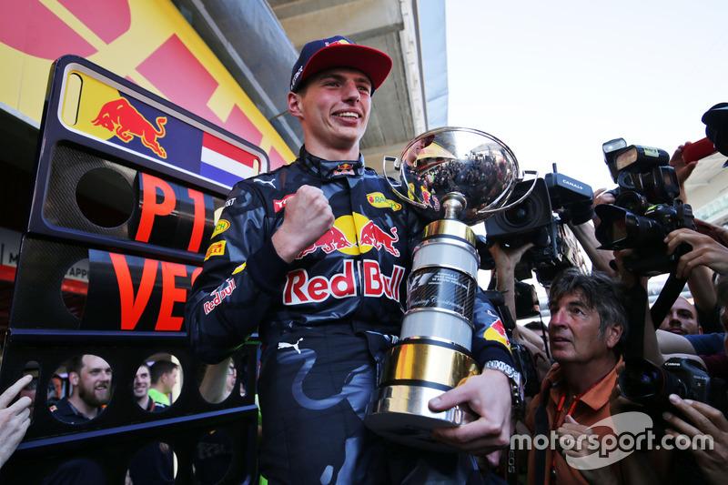 Ganador, Max Verstappen, Red Bull Racing celebra