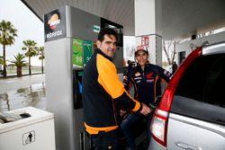 Marc Marquez, Repsol Honda Team dans une station service
