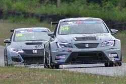 Jack Lemvard (SEAT Leon TCR) e Narasak Ittiritpong (Honda Civic TCR)