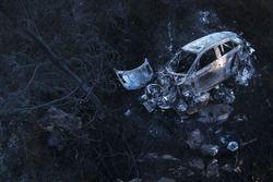 Die Überreste des ausgebrannten Hyundai i20 WRC von Hayden Paddon, John Kennard, Hyundai Motorsport
