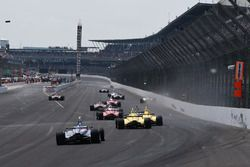 Crash: Kyle Kaiser, Juncos Racing