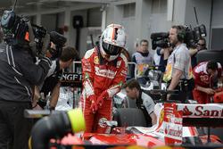 Sebastian Vettel, Ferrari SF16-H dans le Parc Fermé