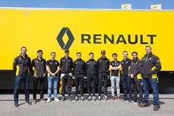 Groepsfoto Renault Sport Academy en Infiniti Engineering Academy