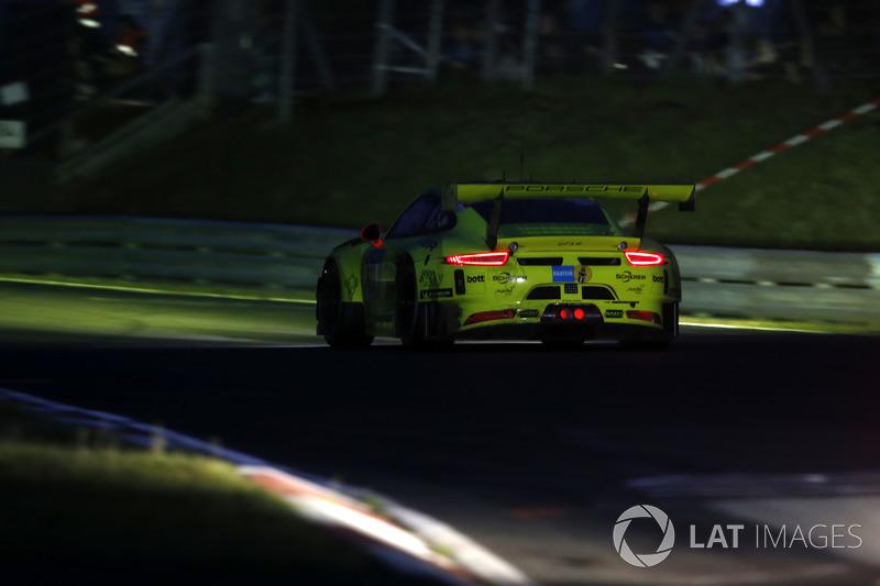 Кевин Эстре, Ромен Дюма, Лоренс Вантхор, Эрл Бамбер, Manthey Racing, Porsche 911 GT3 R (№911)