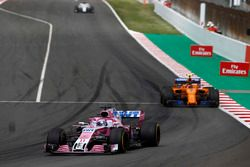 Sergio Perez, Force India VJM11., Stoffel Vandoorne, McLaren MCL33