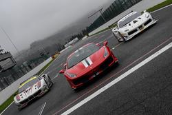 Олів'є Беретта на Ferrari 488 GTE # 70, Алессандро П'єр Гуді на Ferrari 488 Pista,