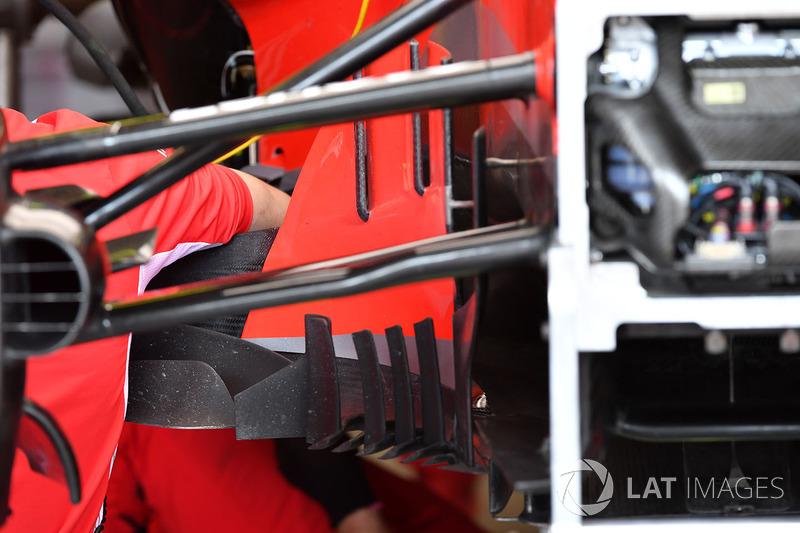 Bargeboard y suspensión delantera del Ferrari SF71H