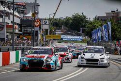 Start action, Gordon Shedden, Audi Sport Leopard Lukoil Team Audi RS 3 LMS leads