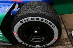 Alexander Rossi, Andretti Autosport Honda roule avec le nouveau pneu pluie asymétrique de Firestone