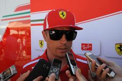 Kimi Raikkonen, Ferrari con os medios