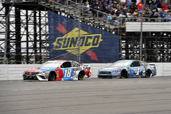 Kyle Busch, Joe Gibbs Racing, Toyota Camry M&M's Red White & Blue and Kevin Harvick, Stewart-Haas Racing, Ford Fusion Busch Beer