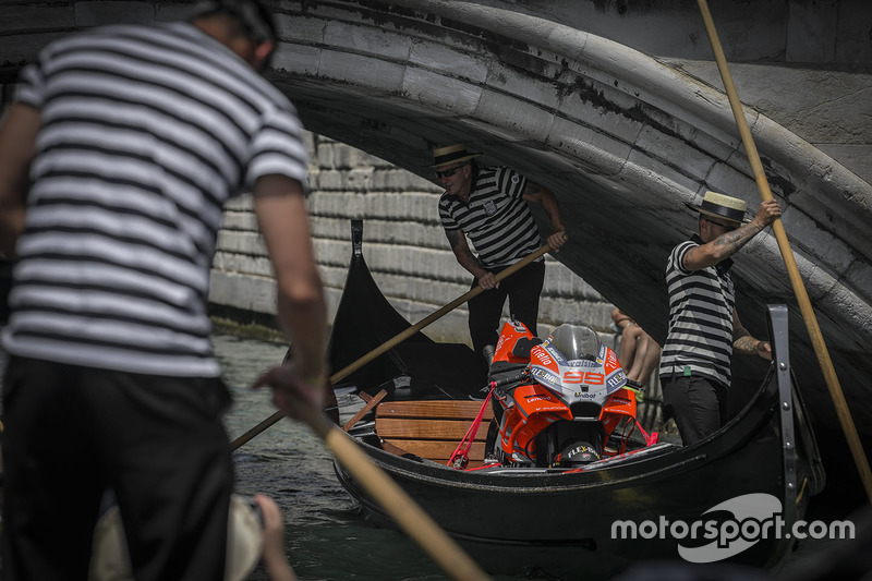 Moto Jorge Lorenzo, Ducati Team en Venecia