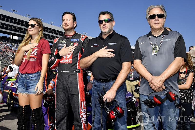 Kurt Busch, Stewart-Haas Racing Ford y Tony Stewart