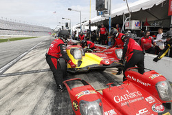#99 JDC/Miller Motorsports ORECA 07, P: Stephen Simpson, Mikhail Goikhberg, Chris Miller, Gustavo Menezes au stand