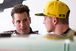 Nico Hulkenberg, Renault Sport F1 Team with Rick Kelly, Nissan Motorsport Nissan