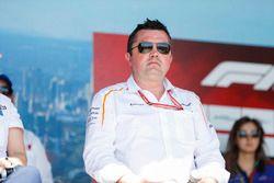 Eric Boullier, director de carreras, McLaren, en el escenario