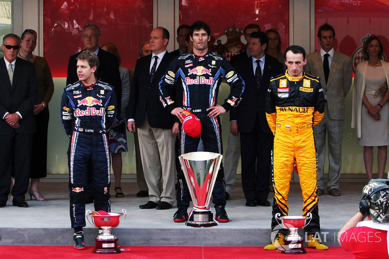 Podium: race winner Mark Webber, Red Bull Racing, second place Sebastian Vettel. Red Bull Racing, th