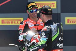 Podium: race winner Jonathan Rea, Kawasaki Racing, third place Marco Melandri, Aruba.it Racing-Ducati SBK Team