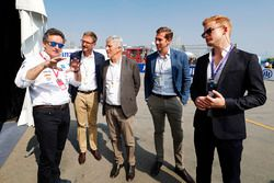 Alejandro Agag, Formula E CEO, CEO, Formula E, shows guests around the pits