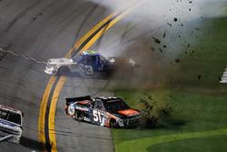 Spencer Davis, Kyle Busch Motorsports Toyota, crash