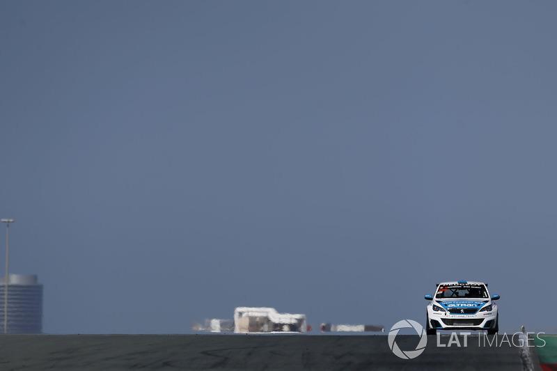 #908 Team Altran Peugeot Peugeot 308 Racing Cup: Lionel Amrouche, Cyril Calmon, Henrik Sørensen, Aram Martroussian