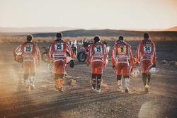Гонщики Himoinsa Racing Team Херард Фаррес, Иван Сервантес, Дани Оливера, Роcа Ромеро и Марк Сола