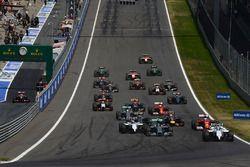 Felipe Massa, Williams FW36 aan de leiding bij de start van de race