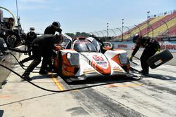 #54 CORE autosport ORECA LMP2, P: Jon Bennett, Colin Braun, Romain Dumas pit stop