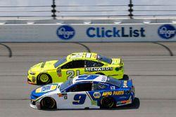 Paul Menard, Wood Brothers Racing, Ford Fusion Menards / Sylvania and Chase Elliott, Hendrick Motorsports, Chevrolet Camaro NAPA Auto Parts