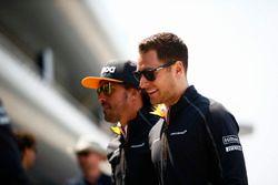 Fernando Alonso, McLaren, avec Stoffel Vandoorne, McLaren
